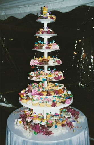 Creative Wedding Cake made out of cupcakes by Elegant Eating