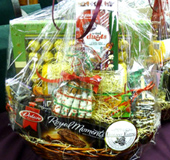Beautiful Large Gift Basket for Offices, Parties, Homes - for Christmas and Chanukah